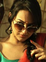 Sonakshi in funny mood