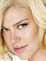 Blonde Adrianne-Palicki