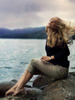 Beautiful-Blonde-On-Sea-Coast