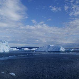 Icebergs Nature Mobile Wallpaper     X