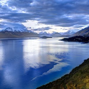 Lake In New Zealand Wallpaper