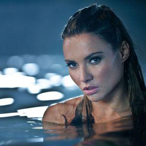 Brea Berrett In Swimming Pool Wallpaper
