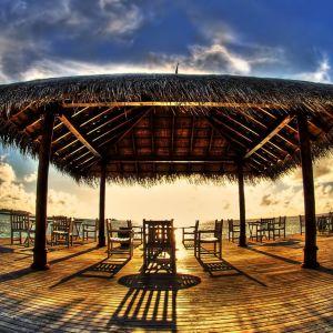 Galaxy S  Active HD Wallpaper Summer Beach Hut