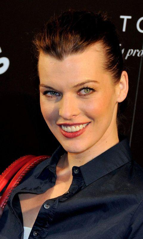 Milla Jovovich Celebrity Mobile Wallpaper     X