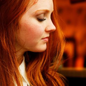 Lily Cole Side Wallpaper