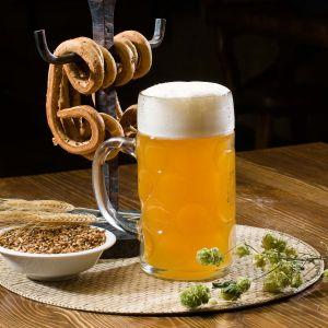 Beer Pint And Pretzels Wallpaper