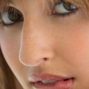 My Sony Xperia Z     HD Wallpaper Close Up Face Lips     X