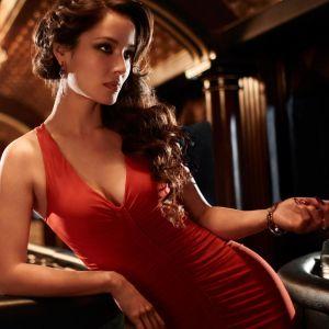 Berenice Marlohe In Skyfal     X