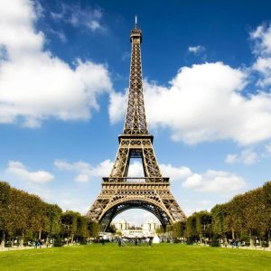 Summer Paris Desktop