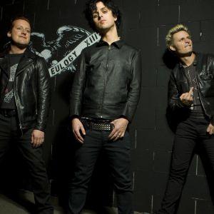Green Day     X
