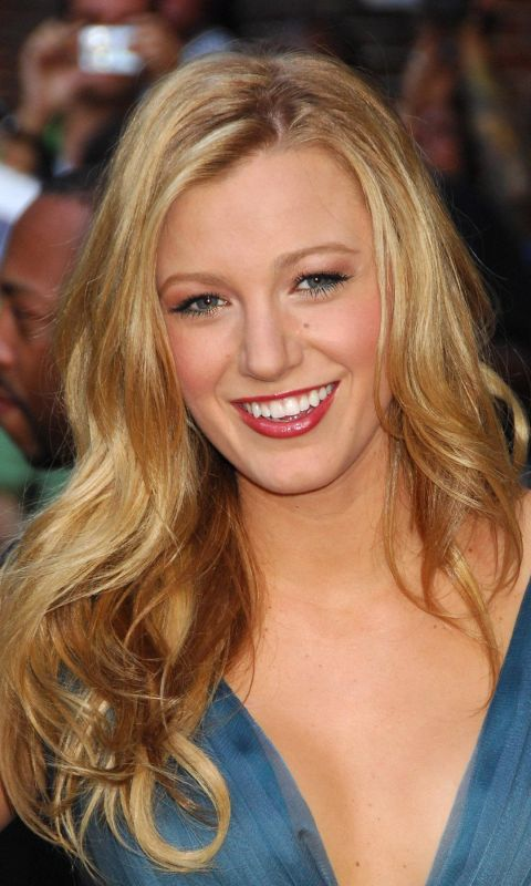 Beautiful Blake Lively Celebrity Girls Pictures Mobile Phone Wallpaper Free