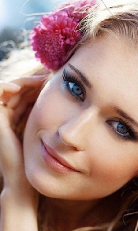 Beauty Girl Blue Eyes          X