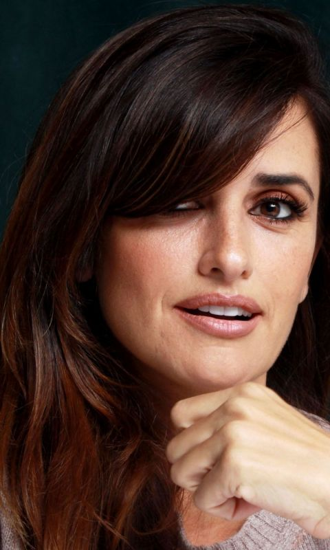 Beautiful Penelope Cruz Wallpaper