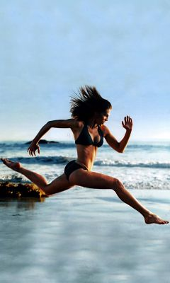 Girls Beach Sports Wallpapers For Galaxy S