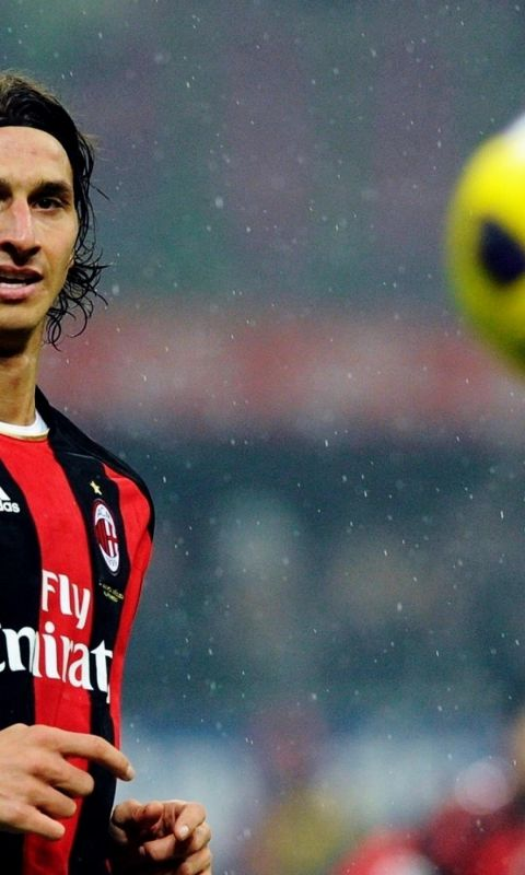 Free Download Wallpaper For Android     X     Sports Ac Milan Zlatan Ibrahimovic Soccer Sports Yellow
