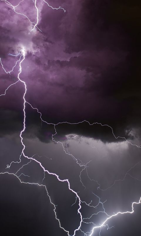 selective photography of white thunder wallpaper