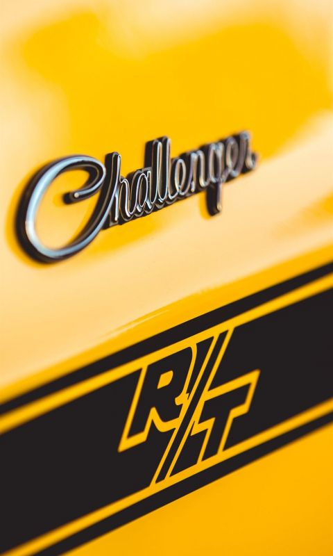 yellow Dodge Challenger wallpaper